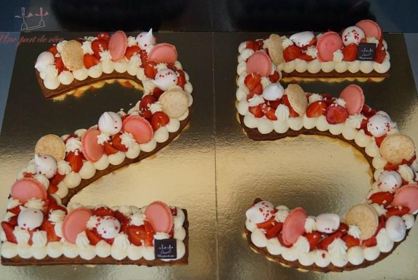 Number cake fraises